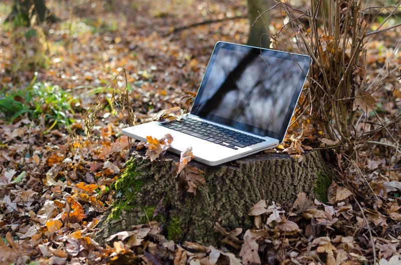 Understanding-How-a-Travel-WiFi-Hotspot-Works